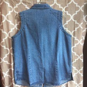 St. John's bay blue jean sleeveless top